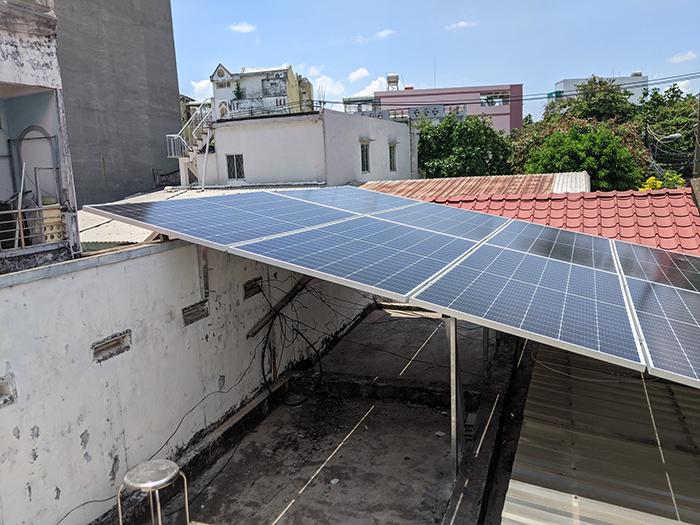 Lắp đặt điện mặt trời công suất 7.5 kWp tại quận 9 6