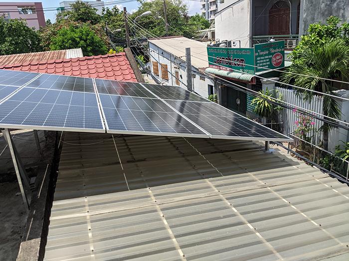 Lắp đặt điện mặt trời công suất 7.5 kWp tại quận 9 9