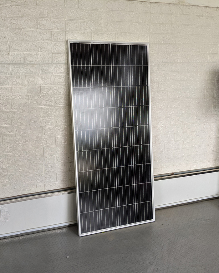Tấm pin năng lượng mặt trời công suất 170W 16