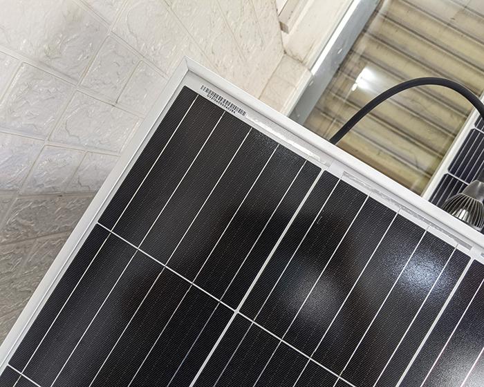Tấm pin năng lượng mặt trời công suất 170W 17