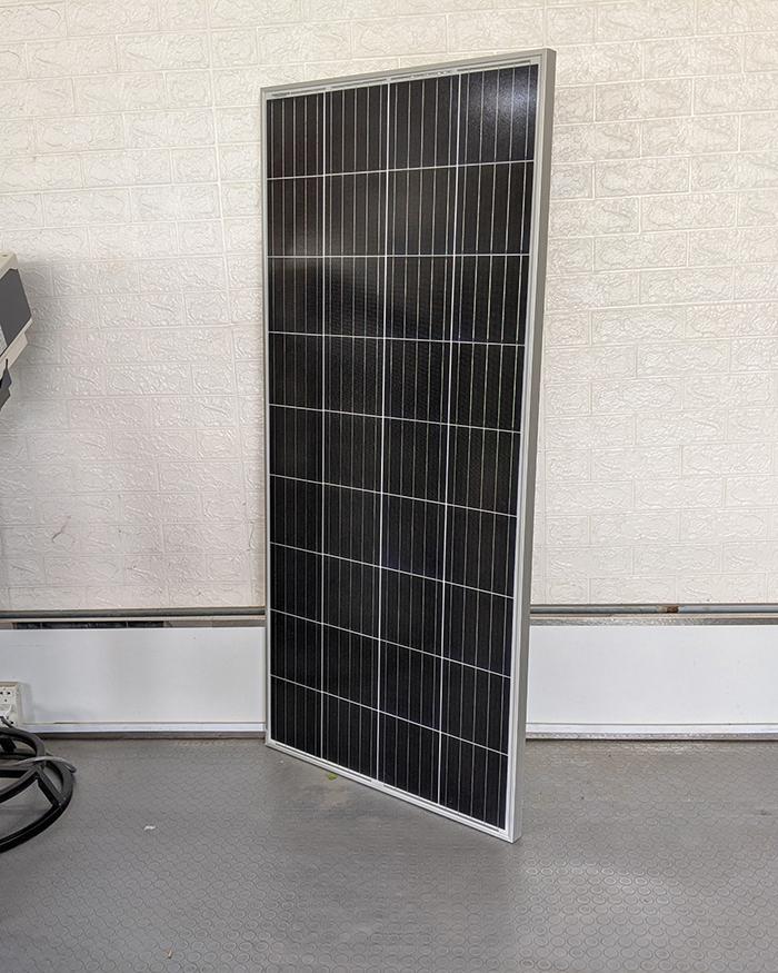Tấm pin năng lượng mặt trời công suất 170W 3
