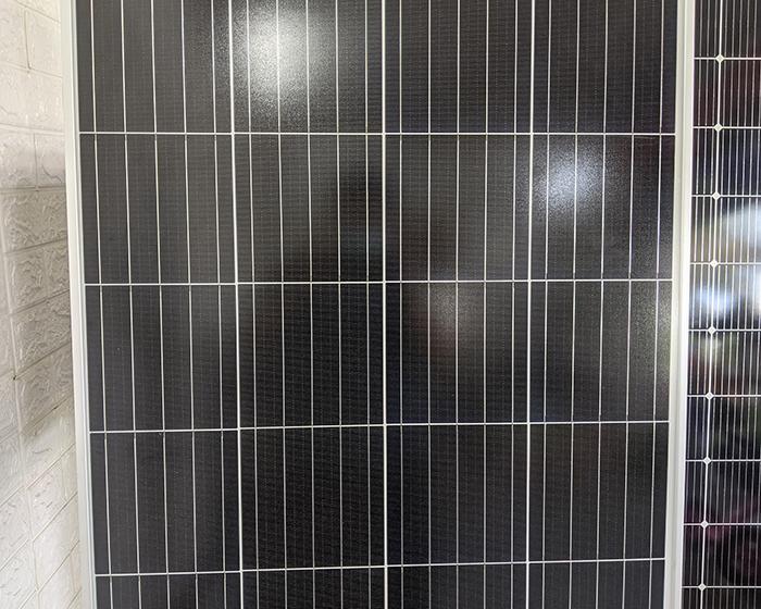 Tấm pin năng lượng mặt trời công suất 170W 8